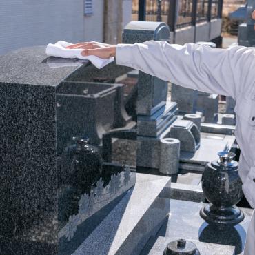 お墓の補修・掃除・メンテナンス